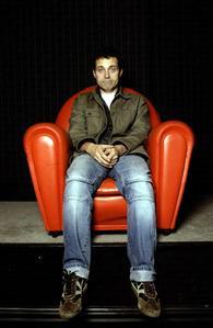 """Yeah, I look hot in my оранжевый chair"". <3"