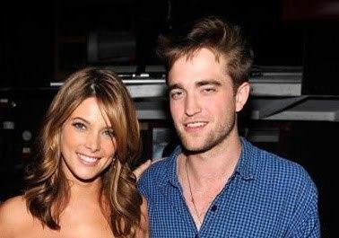 my gorgeous Robert with his Twilight co-star Ashley Greene who has medium length hair<3