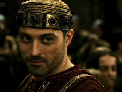 Rufus Sewell also in Tristan + Isolde! <3 I'm sorry I had to do it. XD