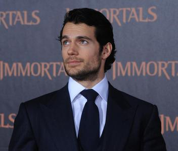The very handsome Cavill ♥