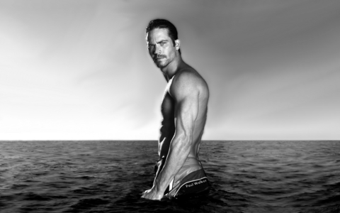 my sexy Fast and Furious babe,Paul Walker in the water<3
