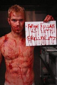 Twilight hottie Kellan Lutz covered in blood.Even covered in blood he's still hot<3