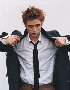 one of my fave pics of my handsome Robert<3