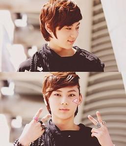No thanks.I'm taken por Minhyun and Hikaru. Resist Minhyun's adorableness? That's Minhyun.----->