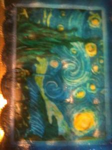 "कपकेक Yesterday, when we celebrated my 16th birthday (which was 4 days ago) I got a कप केक cake and the डिज़ाइन was Vincent वैन, वान Gogh's ""Starry Night"" because I am a Whovian and the episode, [i]Vincent & The Doctor[/i], is my favorite."