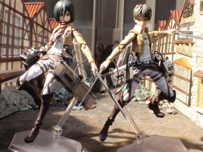 figma mikasa and eren makes my araw hellyeah!!!!!