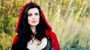 Ruby. Besides Emma, she is the coolest girl in storybrooke. i tình yêu her clothes and her attitude.