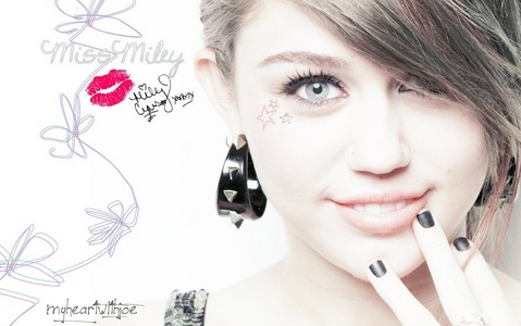 I 사랑 this one :D The pic is my fave, 링그 are my 2nd and 3rds :D http://messibuzz.blogspot.co.uk/2011/07/celebrity-miley-cyrus-cute-hairstyles.html http://wallpaper-unlimited.blogspot.in/2009/04/cute-miley-cyrus.html Eid Mubarak ! May Allah Bless All!