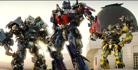 I wish they could bring Ironhide back to life, he rocked!! I think he should put Ultra magnus and Primus in!