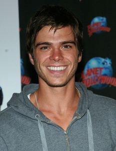 Matthew Lawrence <333