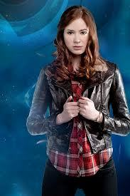 if karen gillian kissed me(yes im bi)I would just be thinking .....wow my life is fulfilled