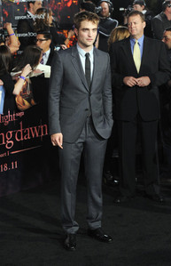 my sexy Robert wearing a suit at the BD 1 premiere<3