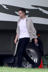my gorgeous Robert from the set of Maps to the Stars,that he filmed just last month<3