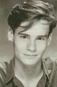 A young Robert Sean Leonard (: