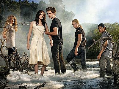 my gorgeous Robert with 4 of his fellow Twilight cast members-Kristen Stewart,Rachelle LeFevre,Cam Gigandet and Taylor Lautner<3