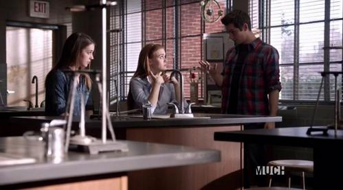 I will be happy with either way. I hope they create a 爱情 三角形, 三角 between those 3. Whoever it is, i hope that girl will make Stiles happy. He's been alone for a loong time, and he deserves some BIG love. Will Lydia and Stiles be 更多 then a 老友记 或者 Cora will win Stiles's heart, i don't care. All i care, is for Stiles to be happy! He deserved it!