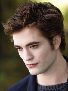 my sexy moody Robert as Edward Cullen in a scene from New Moon<3