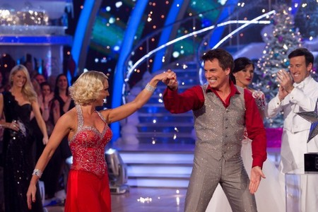 John Barrowman doing Strictly Come Dancing at クリスマス and he won it :D