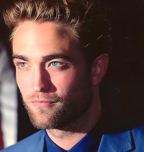 Rob Pattinson<3