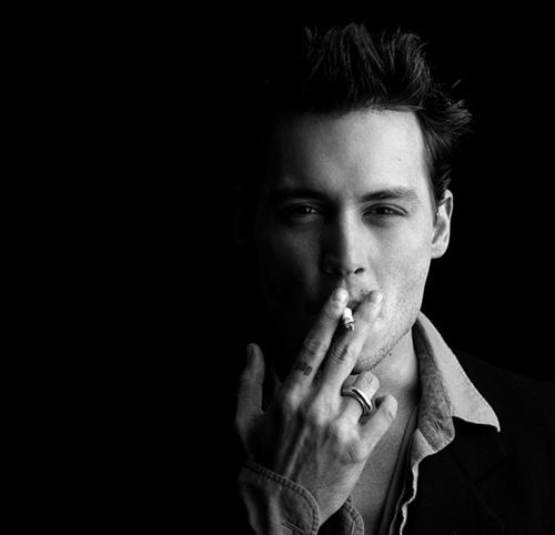 smoking hot,Johnny<3