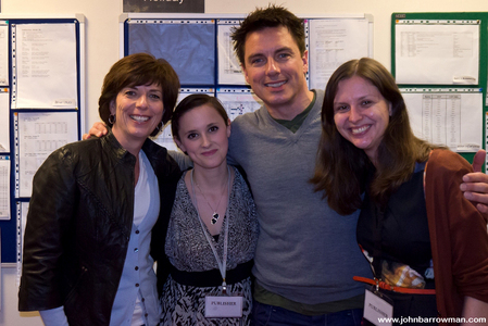 John Barrowman with his sister and mashabiki :)