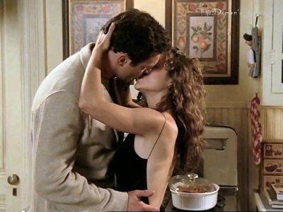 Julian & Alyssa Milano kissing on Charmed