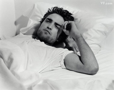 my sexy Robert with a ring on his pinky<3