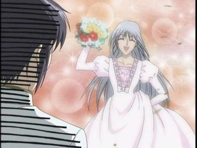 @LaughingHyena Yes, Ayame does wear a dress in the anime.