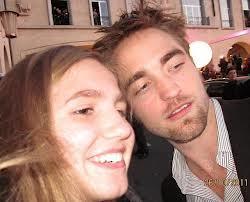 my gorgeous Robert with a fan.She's sooooo lucky<3