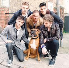 There's no lead singer, they have their own parts to play in The Wanted hope this helps!