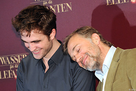 awwwwww,Robert with his WFE co-star,Christoph Waltz<3