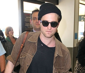 Robert in one of his trademark beanies<3
