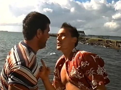 the pecs-babe threatening some dude