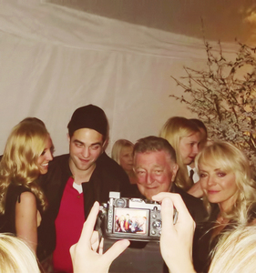 Robert with his family<3