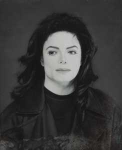 No, I wouldn't clone him. 'Cause it's only one Michael and only one life. A clone wouldn't be the person toi want to clone it but... another one (who would look like him). And I just want Michael. The real Michael, the one who changed so many lives.. who changed my life too forever.