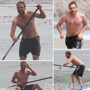 Robert on the beach, pwani paddleboarding<3