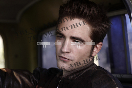 why?why did they cover up his gorgeous face with watermarks?<3