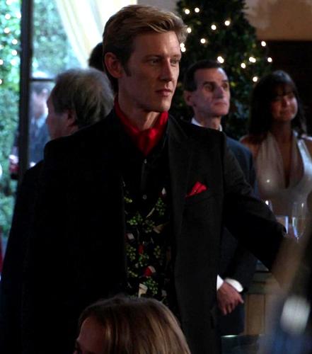 my fav suit in season 2