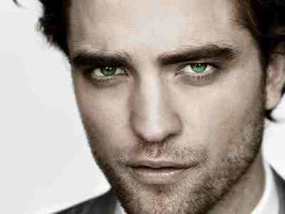 this pic was edited (not bởi me) to make Robert's normally blue eyes look green in this pic<3