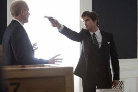 """Neal pointing a gun at Garrett Fowler, one of the men responsible for Kate's death (from """"Point Blank"""" - great episode <3333)"""
