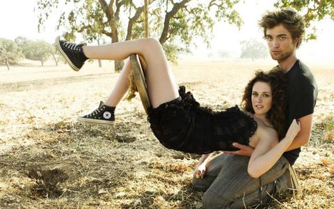 with Kristen from their 2008 VF photoshoot<3
