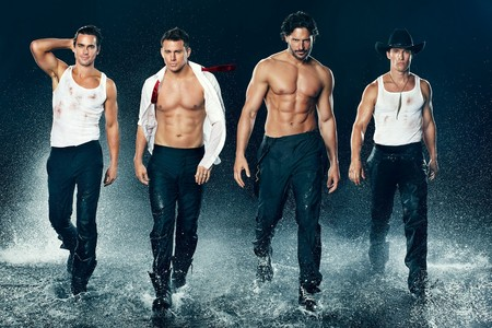 """Matt with the rest of the """"Magic Mike"""" guys <3333"""