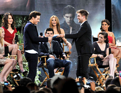 my handsome baby with some of his Twilight co-stars on a Jimmy Kimmel special<3