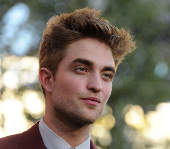 "my ""HOT LIPS"" Pattinson<3"