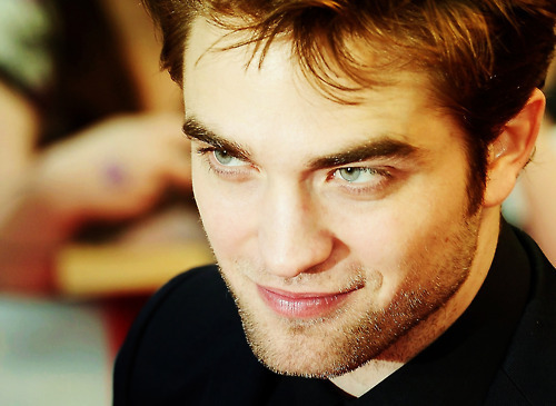 those eyes are gonna be the death of me<3