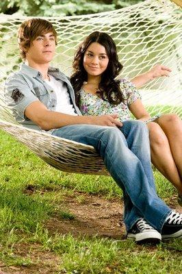Zac & Vanessa in a hammock