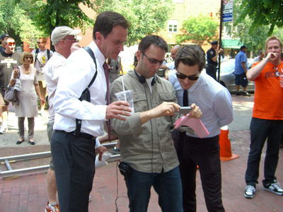 Snapshot of Matt on the set of White Collar, with co-star Tim DeKay and one of the directors <3333