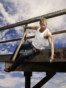 I think this pic of Kellan from one of his photoshoots is very cool<3