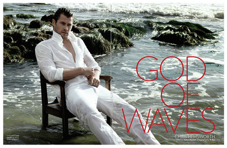 Chris Hemsworth...God of Waves<3