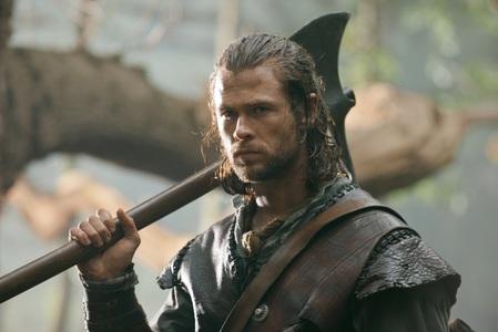 Hemsworth the hotsman holding an axe<3